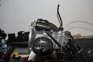 Op- en inbouwen van motor